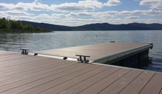 Marine Dock pontoon with cleats. Made with aluminium frame and composite wooden decking