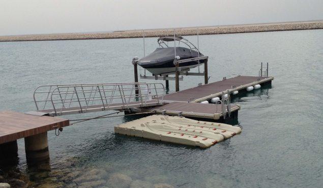 marine dock pontoon with gangway