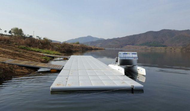 Easyfloat pontoon for boat moorings